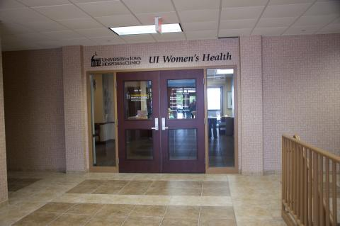 UI Women's Health Center Building Davenport