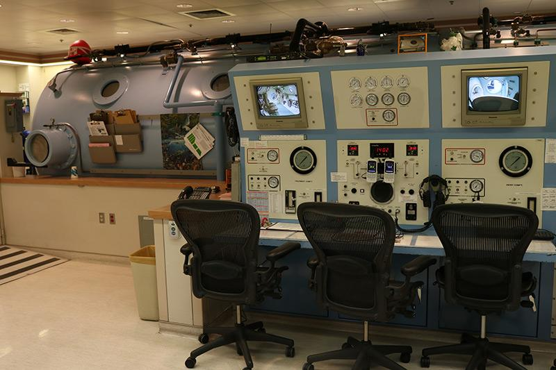 Controls for the UI Hospitals & Clinics hyperbaric chamber