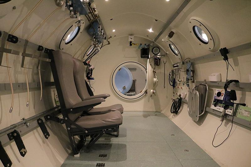 Interior of the UI Hospitals & Clinics hyperbaric chamber