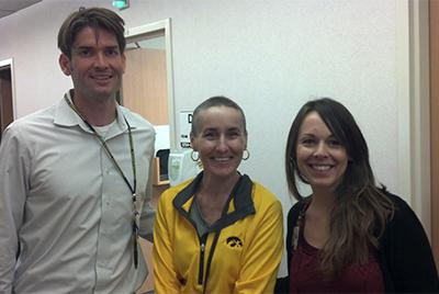 Sarcoma patient Melinda with Dr. Miller and assistant